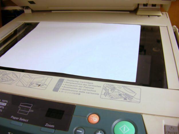 kolorowa drukarka laserowa